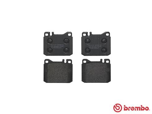 Front Axle Disc Brake Pad Set Fits MERCEDES W123 W116 W107 S123 0004206320